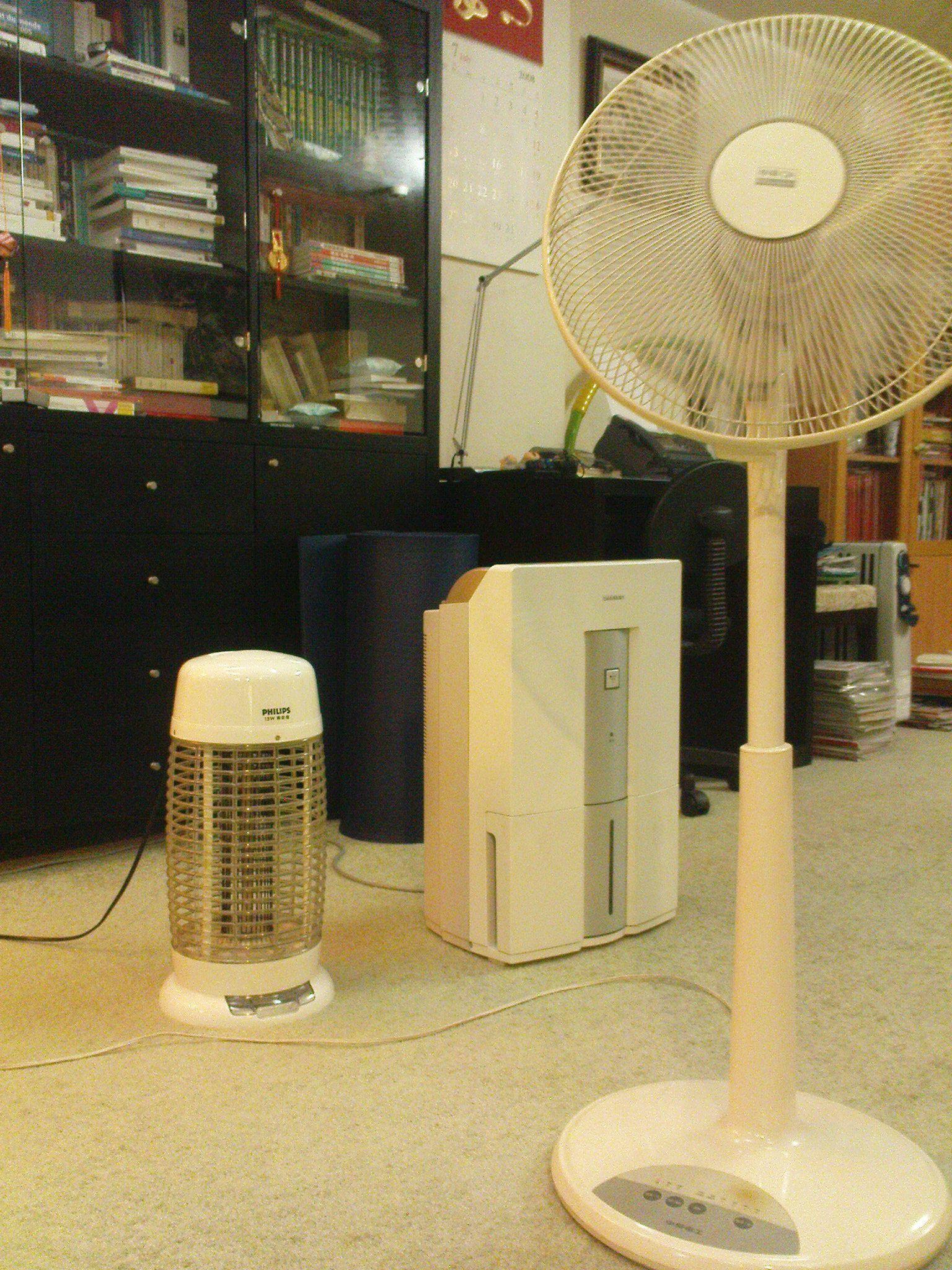 lutter contre la chaleur l 39 humidite et les moustiques. Black Bedroom Furniture Sets. Home Design Ideas